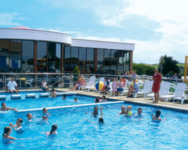 Wheelchair accessible holiday lodges in england - Weymouth campsites with swimming pool ...
