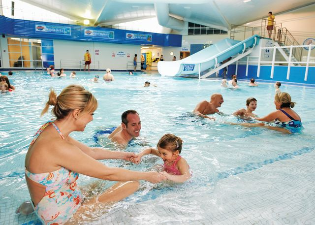 Rockley park holiday park in dorset england disability friendly holidays for Caravan sites in dorset with swimming pool